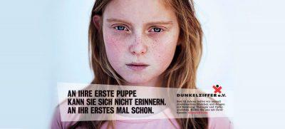 Mit prominenter Unterstützung schafft der Verein Dunkelziffer seit 25 Jahren Aufmerksamkeit für das Tabuthema Kindesmissbrauch. Foto: Verein Dunkelziffer e.V. / akz-o